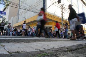 Flexibilização da economia 'poupa' 18 mil vagas de emprego na região de Campinas, diz Estado